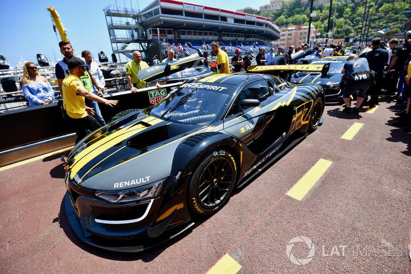 Renault track display