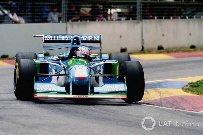 Şampiyon: Michael Schumacher, İkinci: Damon Hill, Puan Farkı: 1.00 (1994)