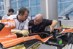 Підготовка боліда McLaren