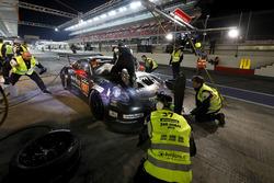 Pit stop, #37 Tsunami R.T. Porsche 991 Cup MR II: Andrii Kruglyk, Come Ledogar, Oleksandr Gaidai, Alessio Rovera