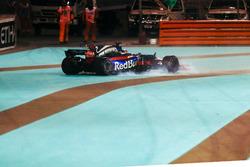 Brendon Hartley, Scuderia Toro Rosso STR12, spins