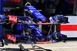 Morro y alerón delantero del Scuderia Toro Rosso STR13