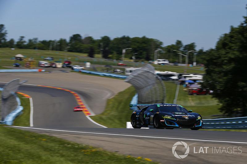 #86 Michael Shank Racing con Curb-Agajanian Acura NSX, GTD: Katherine Legge, Alvaro Parente