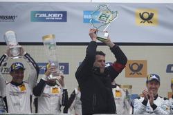 Podio: Martin Reader, co-proprietario Manthey Racing