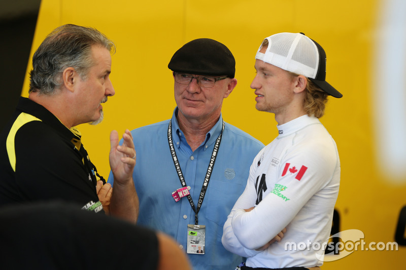Derek Daly, Grist Garett, Team Pelfrey