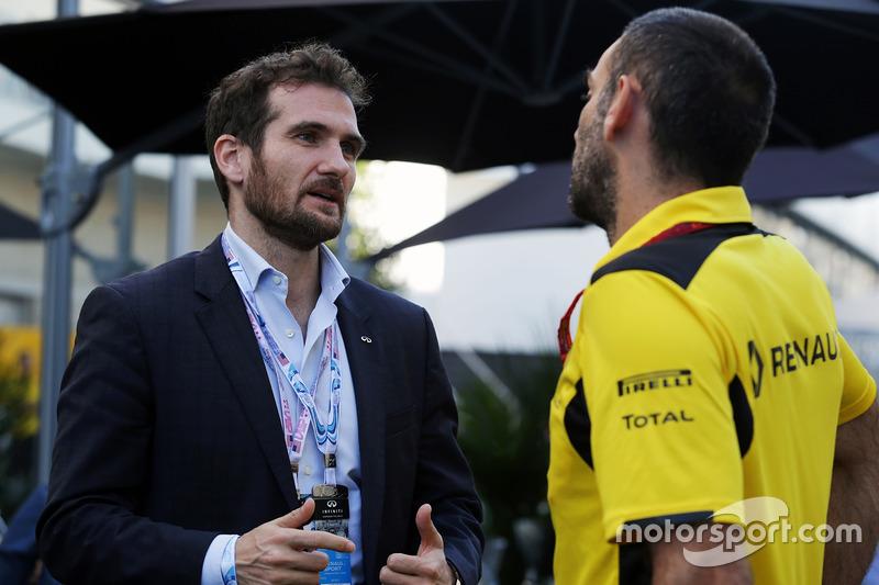 Tommaso Volpe, Director Mundial de Infiniti de automovilismo con Cyril Abiteboul, Managing Director de Renault Sport F1