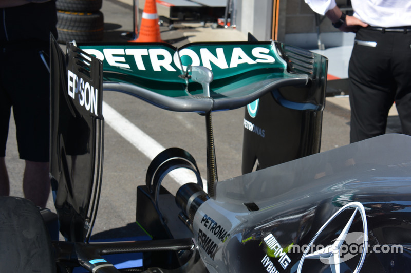 Rear wing, Mercedes AMG F1 W07 Hybrid