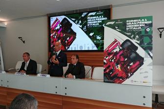 Presidente dell'ACI, Angelo Sticchi Damiani, Presidente del Autodromo Nazionale Monza SIAS spa, Giuseppe Redaelli, l'autore Aldo Drudi