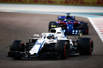 Sergey Sirotkin, Williams FW41 devant Brendon Hartley, Toro Rosso STR13