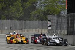 Simon Pagenaud, Team Penske Chevrolet, Ryan Hunter-Reay, Andretti Autosport Honda