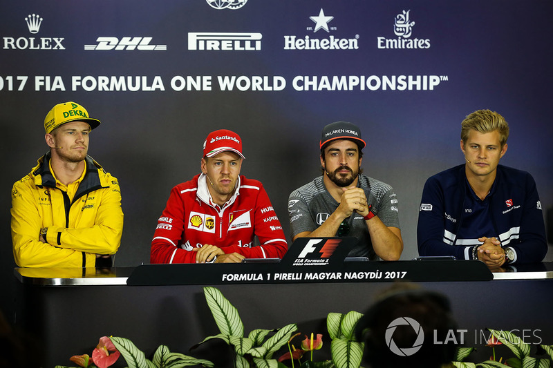 Nico Hulkenberg, Renault Sport F1 Team, Sebastian Vettel, Ferrari, Fernando Alonso, McLaren, Marcus Ericsson, Sauber