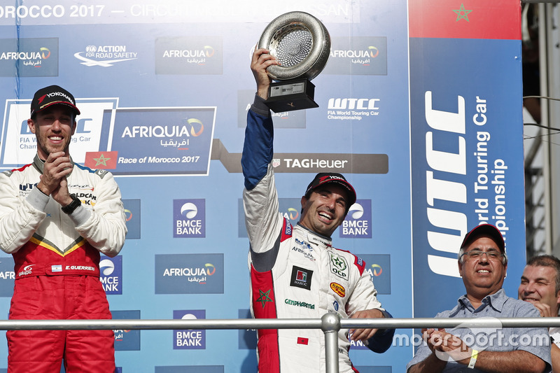 Podium: Mehdi Bennani, Sébastien Loeb Racing, Citroën C-Elysée WTCC