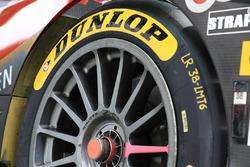 Un pneu Dunlop