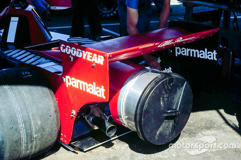 The contraversial Brabham Alfa Fan car made its debut in Anderstorp and was subsequently banned after the race. But, Niki Lauda's win was allowed to stand