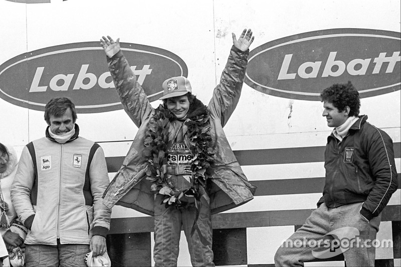 Podio: ganador de la carrera Gilles Villeneuve, Ferrari, tercer lugar Carlos Reutemann, Ferrari