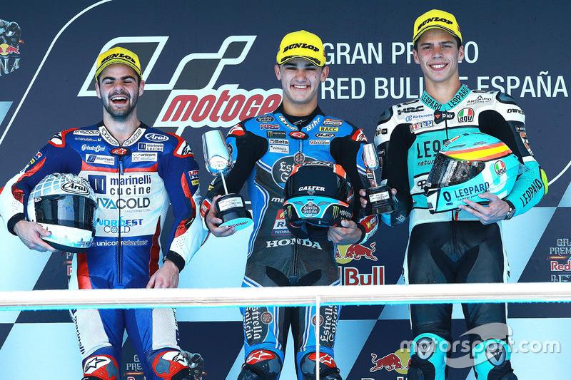 Podium: ganador, Aron Canet, Estrella Galicia 0,0, segundo, Romano Fenati, Marinelli Rivacold Snipers, tercero, Joan Mir, Leopard Racing