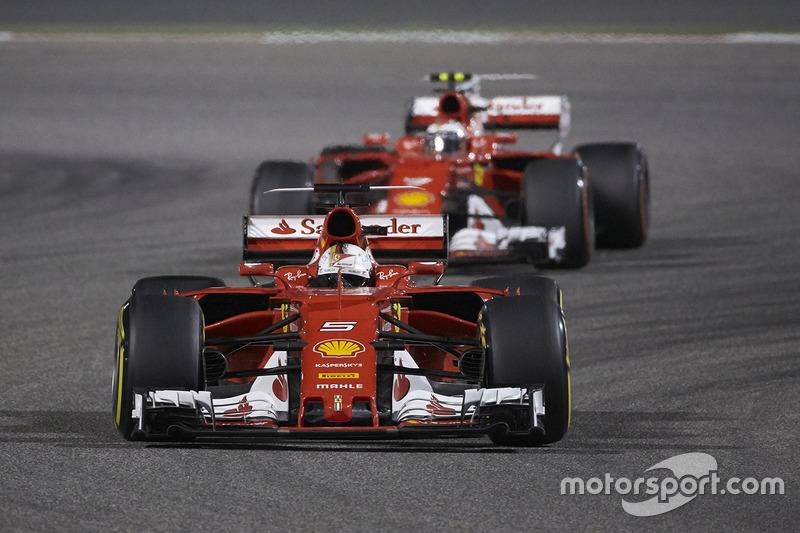Sebastian Vettel, Ferrari SF70H, Kimi Raikkonen, Ferrari SF70H