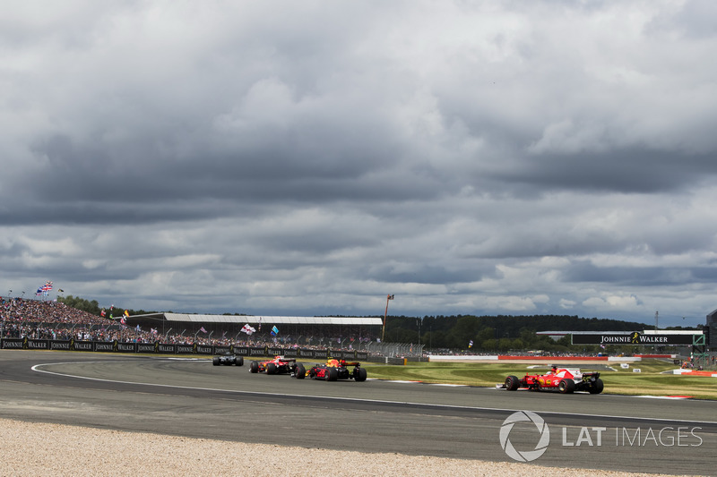 Льюіс Хемілтон, Mercedes AMG F1 W08, Кімі Райкконен, Ferrari SF70H, Макс Ферстаппен, Red Bull Racing