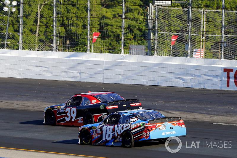 Ryan Sieg, RSS Racing Chevrolet, Kyle Busch, Joe Gibbs Racing Toyota