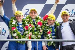 Подиум LMP2: третье местоВиталий Петров, Кирилл Ладыгин и Виктор Шайтар, #37 SMP Racing BR01 - Nissa
