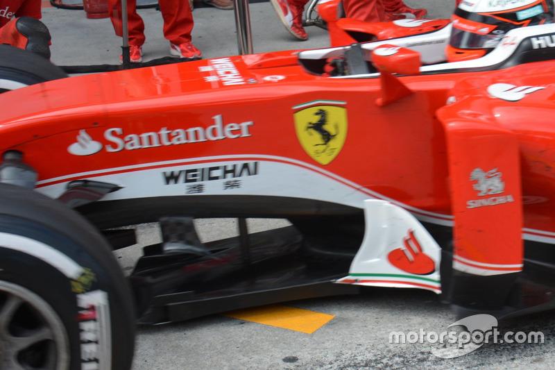 Ferrari SF16-H, Splitter