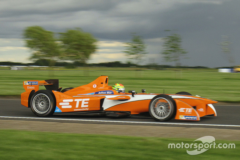 Andretti Autosport prueba el auto para la tercera temporada