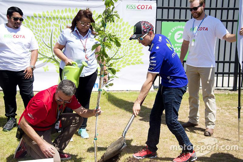 Jorge Lorenzo, Yamaha Factory Racing plants a tree at COTA