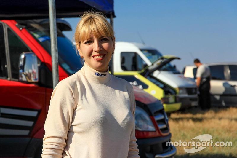 Марина Перова