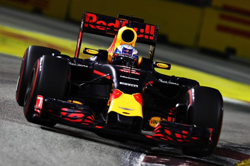 Daniel Ricciardo Red Bull Racing RB12
