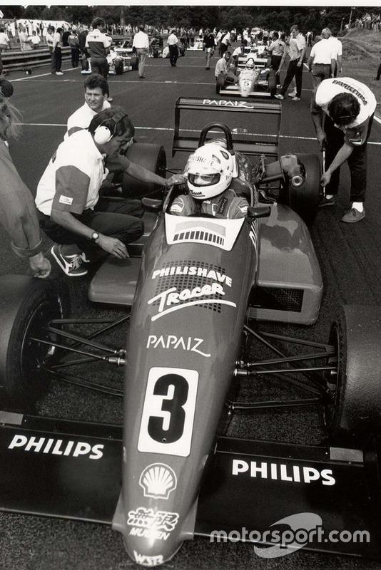 Em 1989 campeão da Fórmula 3 brasileira...
