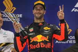Podium: deuxième place Daniel Ricciardo, Red Bull Racing