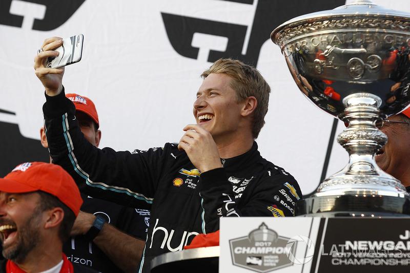 2017 champion Josef Newgarden, Team Penske Chevrolet celebrates