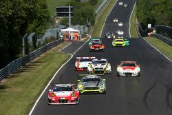 #31 Frikadelli Racing Team, Porsche 991 GT3-R: Michael Christensen, Lucas Luhr, Klaus Bachler, Norbe