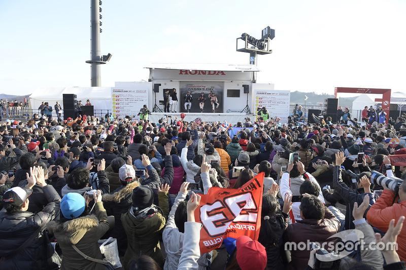 День подяки Honda Racing, ток-шоу із Фернандо Алонсо, Дані Педросою та Марком Маркесом