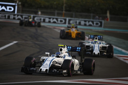 Valtteri Bottas, Williams FW38, leads Felipe Massa, Williams FW38