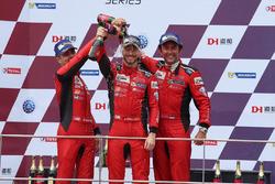 Podium: #3 DH Racing Ferrari 488 GT3: Rino Mastronardi, Alex Riberas, Olivier Beretta