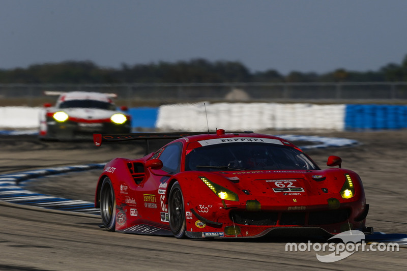 #62 Risi Competizione, Ferrari 488 GTE: Toni Vilander, Giancarlo Fisichella, James Calado