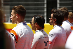 Stoffel Vandoorne, McLaren, Felipe Massa, Williams, Fernando Alonso, McLaren, stand for the national anthem