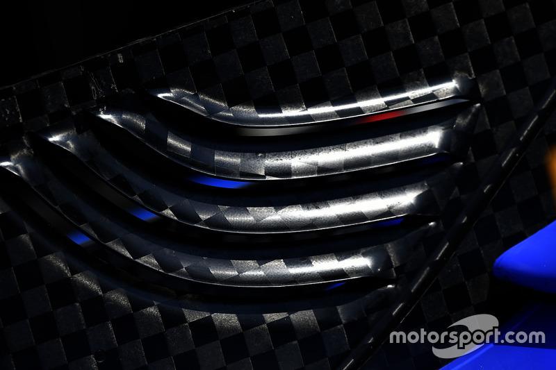 Scott Dixon, Chip Ganassi Racing Honda carbon fiber wing