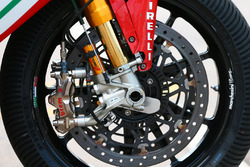 Brakes and suspension on the bike of Leon Camier, MV Agusta