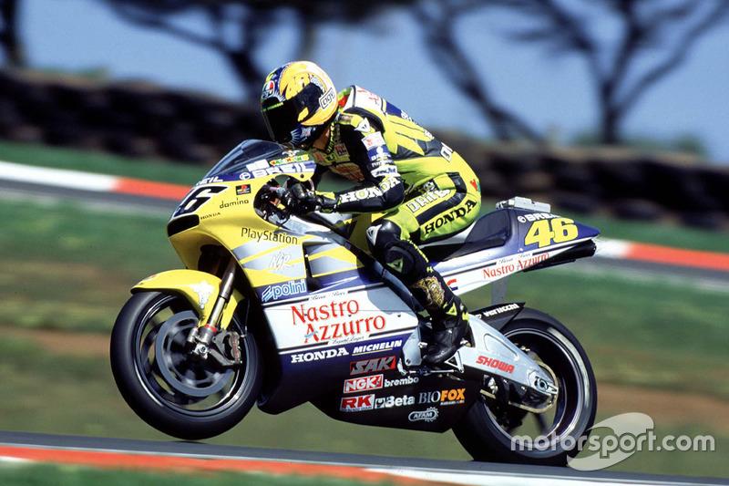 2000 - Debut en la categoría reina