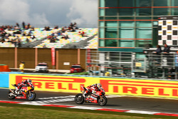 Chaz Davies, Ducati Team, Davide Giuglilano, Honda World Superbike Team