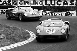 Ludovico Scarfiotti, Lorenzo Bandini, Ferrari 250P ahead of Mike Parkes, Umberto Maglioli, Ferrari 2