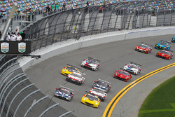 Start, #3 Corvette Racing Chevrolet Corvette C7.R, GTLM: Antonio Garcia, Jan Magnussen, Mike Rockenfeller, Leads the GTLM field to the Green Flag