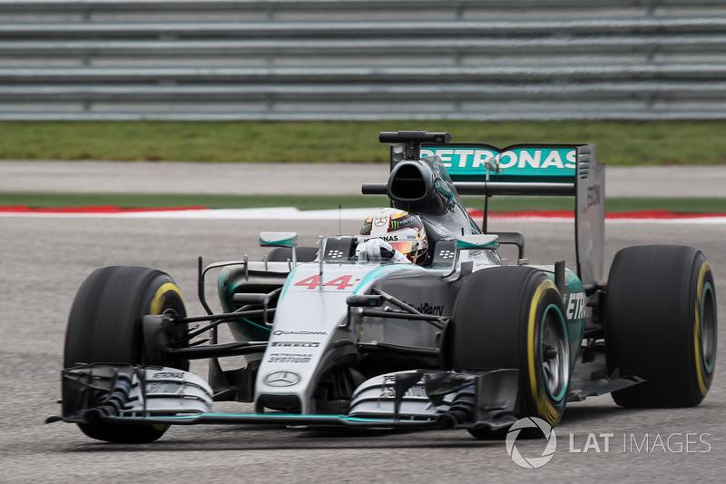 2015: Mercedes F1 W06 Hybrid (16 побед, 1-е место в КК)