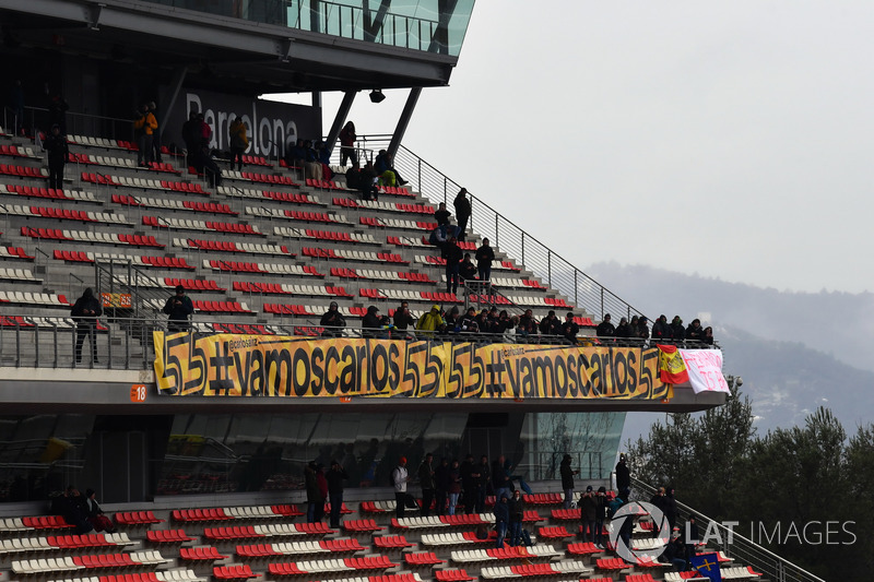 Fans and banners