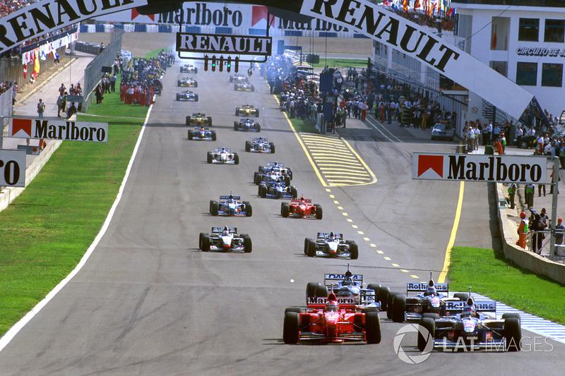 Jacques Villeneuve, Williams FW19 at the formation lap