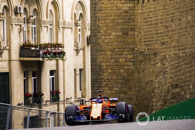 12: Фернандо Алонсо, McLaren MCL33 Renault – 1:44.019