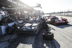 #5 Action Express Racing Cadillac DPi, P: Жоау Барбоза, Філіпе Альбукерк, Крістін Фіттіпальді, #31 A