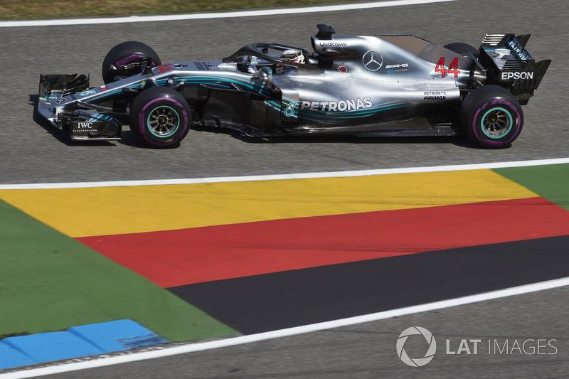 По количеству побед в Гран При Германии Хэмилтон сравнялся с Шумахером. Льюис побеждал в 2008, 2011, 2016 и 2018 годах, а Михаэль – в 1995, 2002, 2004 и 2006-м